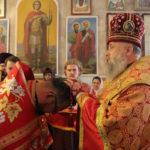 Клирик Христорождественского прихода сослужил архиепископу Иоанну в храме праведного Иоанна Русского.